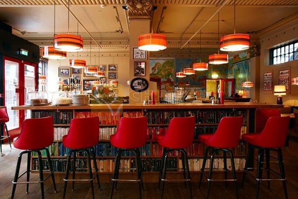 Chủ đề Gọi đồ uống trong nhà hàng, quán bar