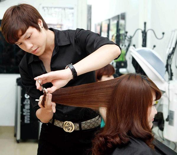 Giấc mơ thấy cắt tóc gửi tới điềm báo gì?